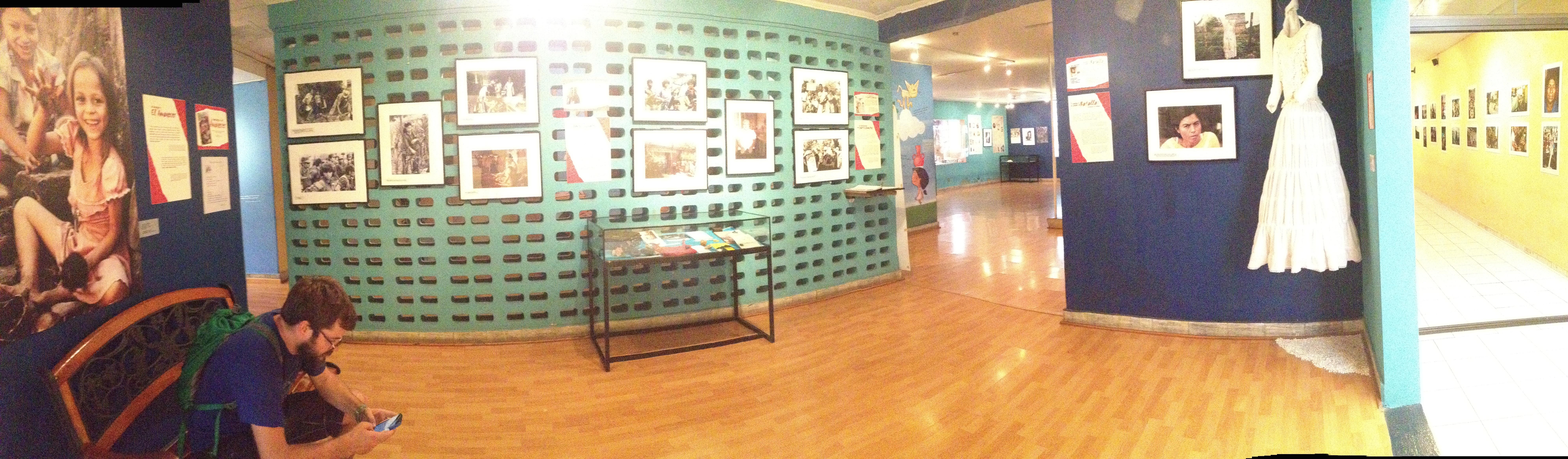 Inside Museo de la Palabra y Imagen
